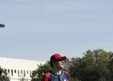 Stefano aspetta la palla al torneo di Marsiglia 2009